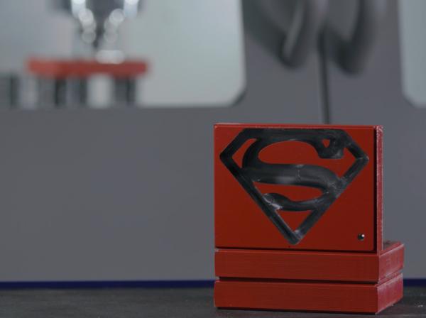 Simbolo SUPERMAN in PROFIT su C45